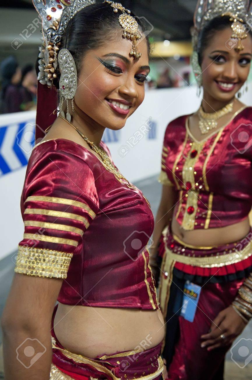 Com lankan girls www sri Top 10