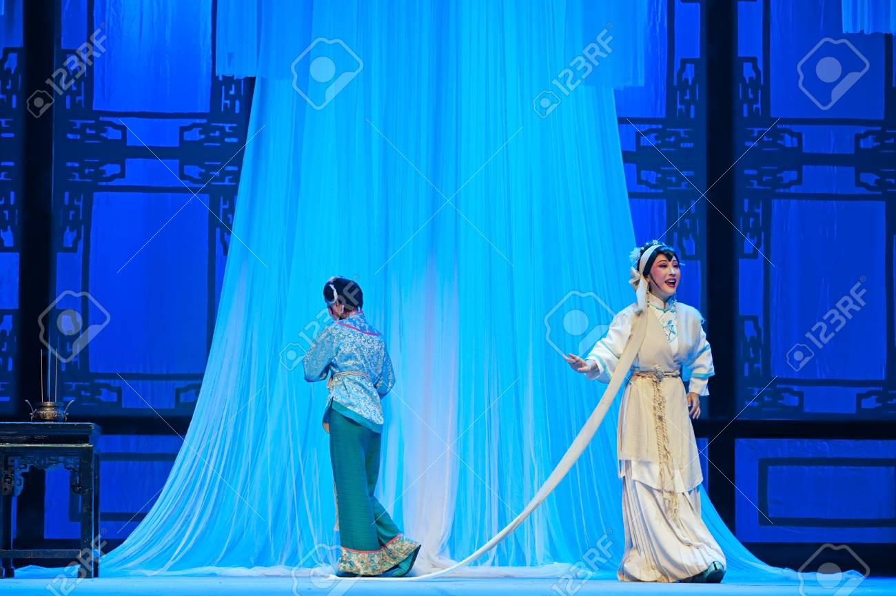 CHENGDU - JUN 3: chinese Yue opera performer make a show on stage to compete for awards in 25th Chinese Drama Plum Blossom Award competition at Experimental theater.Jun 3, 2011 in Chengdu, China.Chinese Drama Plum Blossom Award is the highest theatrical  Stock Photo - 16896154