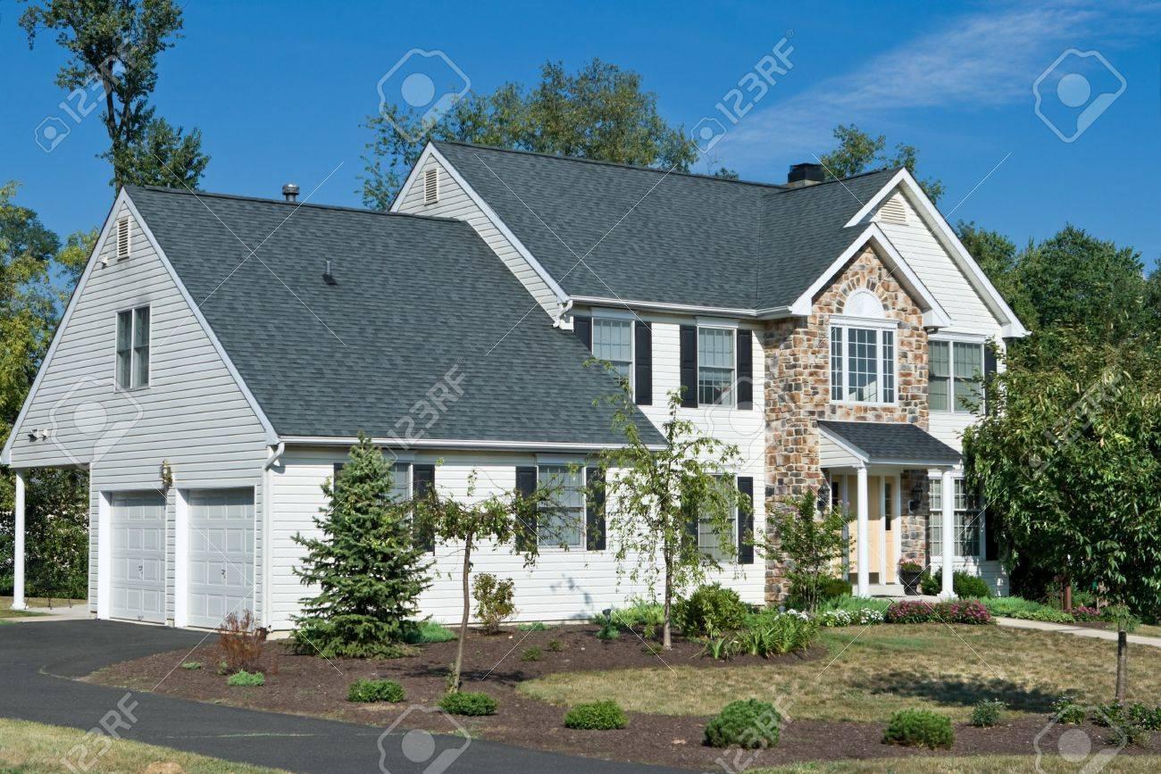 New Single Family House Suburban Philadelphia Stock Photo - 11379582