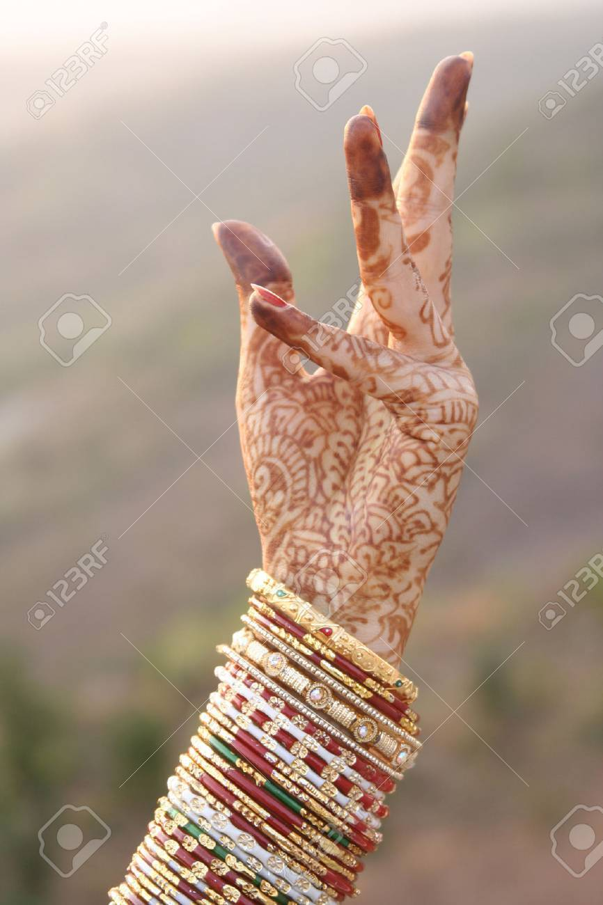 Beautiful Hands Of An India Bride With Colorful Bangles Stock ...