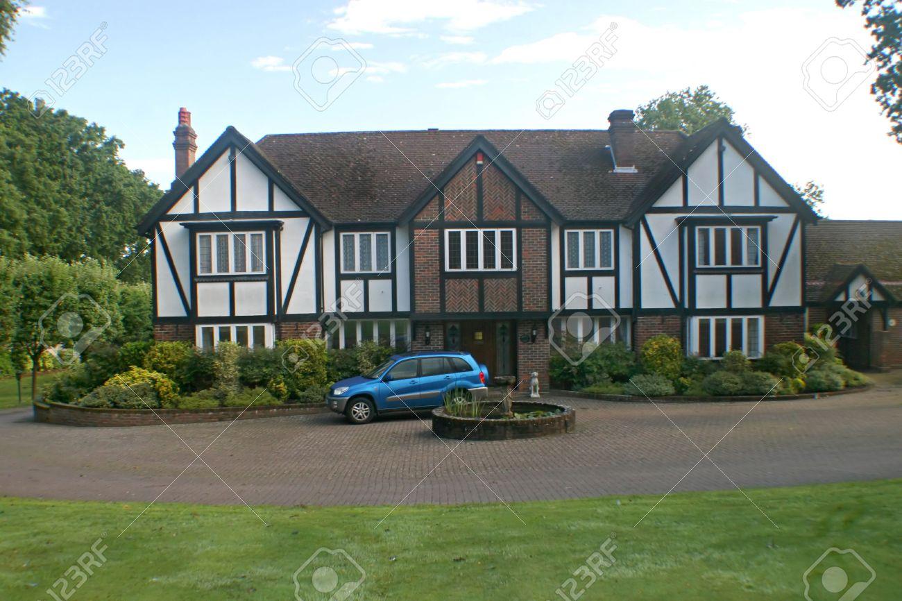Eccezionale Una Casa Grande Proprietà, In Stile Tudor, Nel Regno Unito Foto  PV69