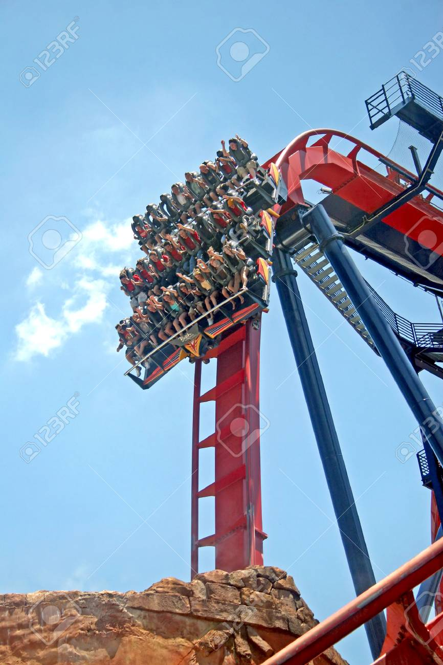 Tampa Florida May 9 2007 The Sheikra Diving Roller Coaster Stock Photo Picture And Royalty Free Image Image 46032663