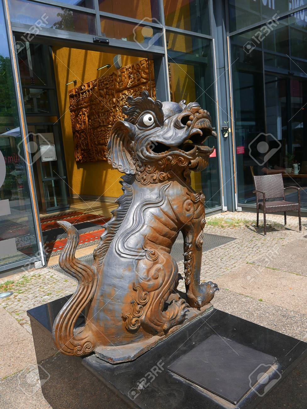Lion outside a chinese restaurant in the Alexanderplatz area