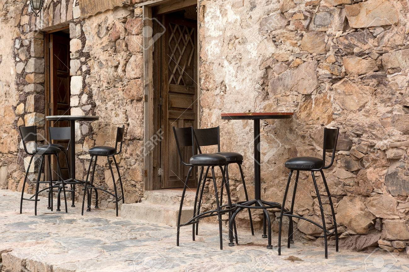 Rustic restaurant furniture - High Bar Stools And Tables In The Front Of A Rustic Restaurant Building In Mexico Stock