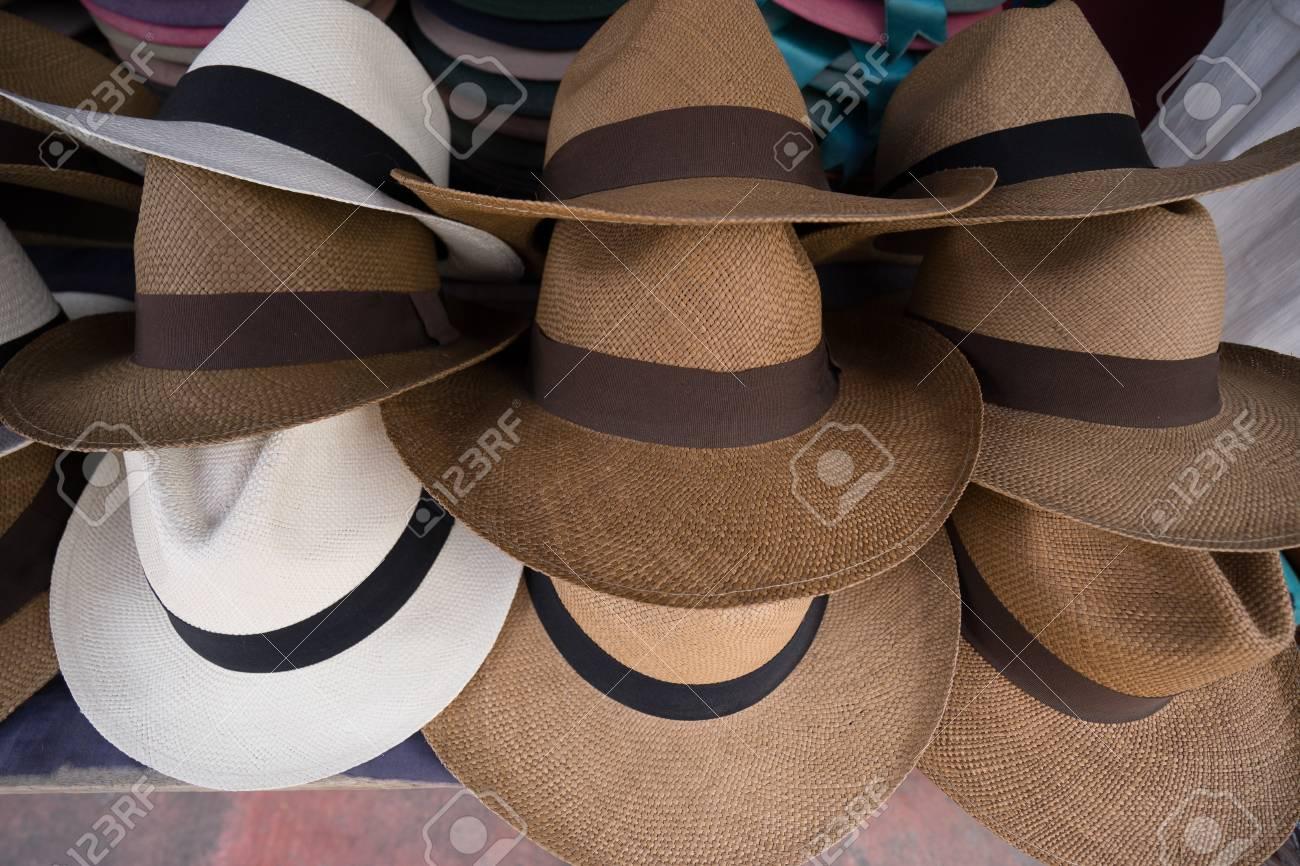 Foto de archivo - Los sombreros de Panamá en Ecuador 93301ce6d70