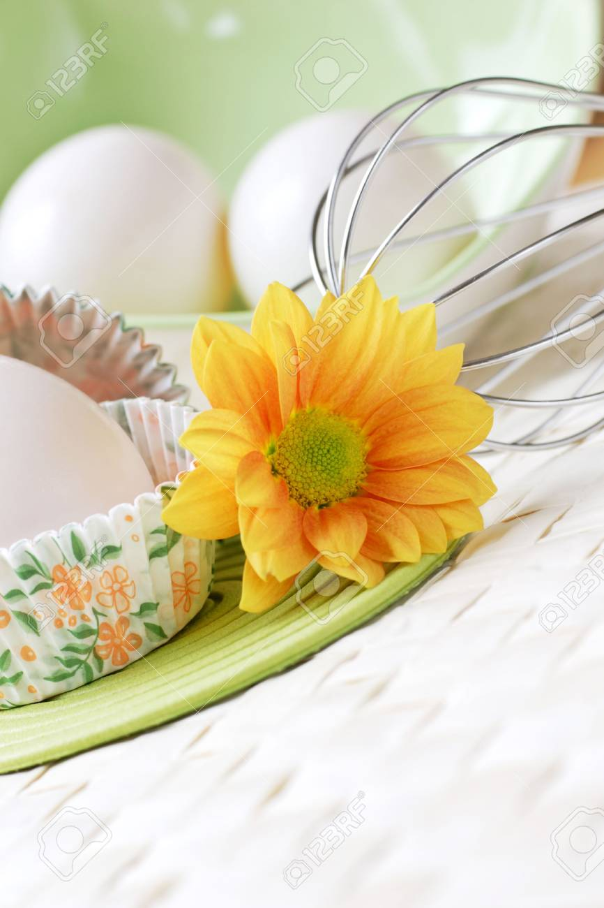 fresh free range farm  eggs, delicious and light, ideal for baking. Stock Photo - 1192553