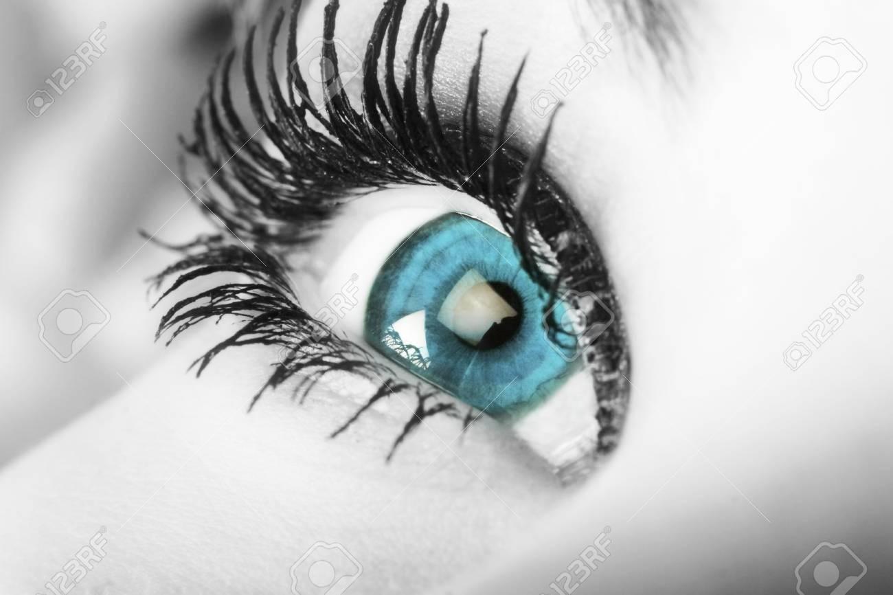 enchanting blue eye Stock Photo - 1583071