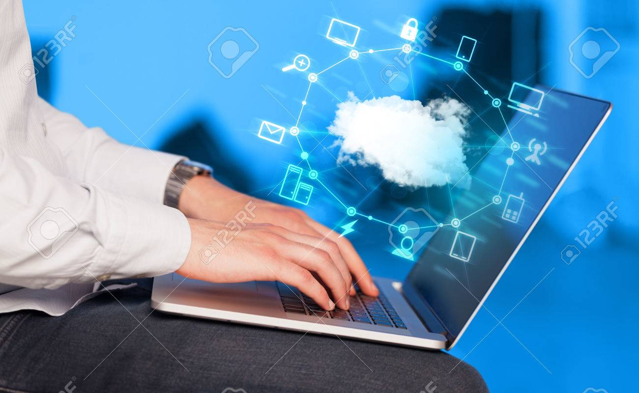 Hand working with a Cloud Computing diagram, new technology concept Stock Photo - 38133276