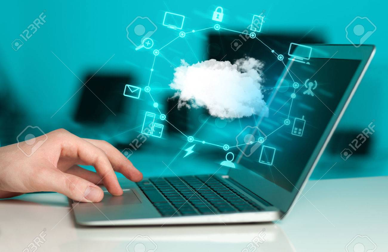 Hand working with a Cloud Computing diagram, new technology concept Stock Photo - 39764337