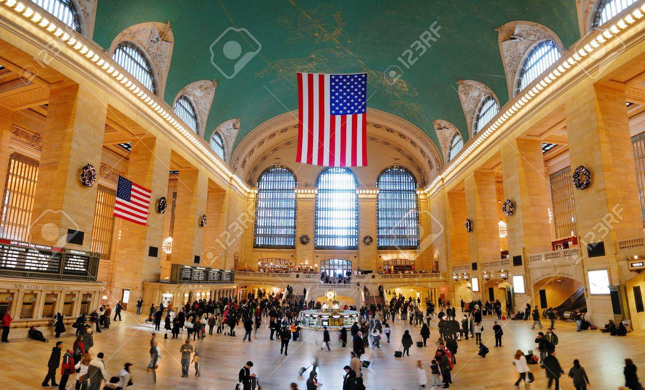 NEW YORK CITY - AUG 8: Grand Central is the second busiest station of the New York City Subway system with 42,002,971 passengers in 2009. August 8, 2010 in Manhattan, New York City.  Stock Photo - 8790810
