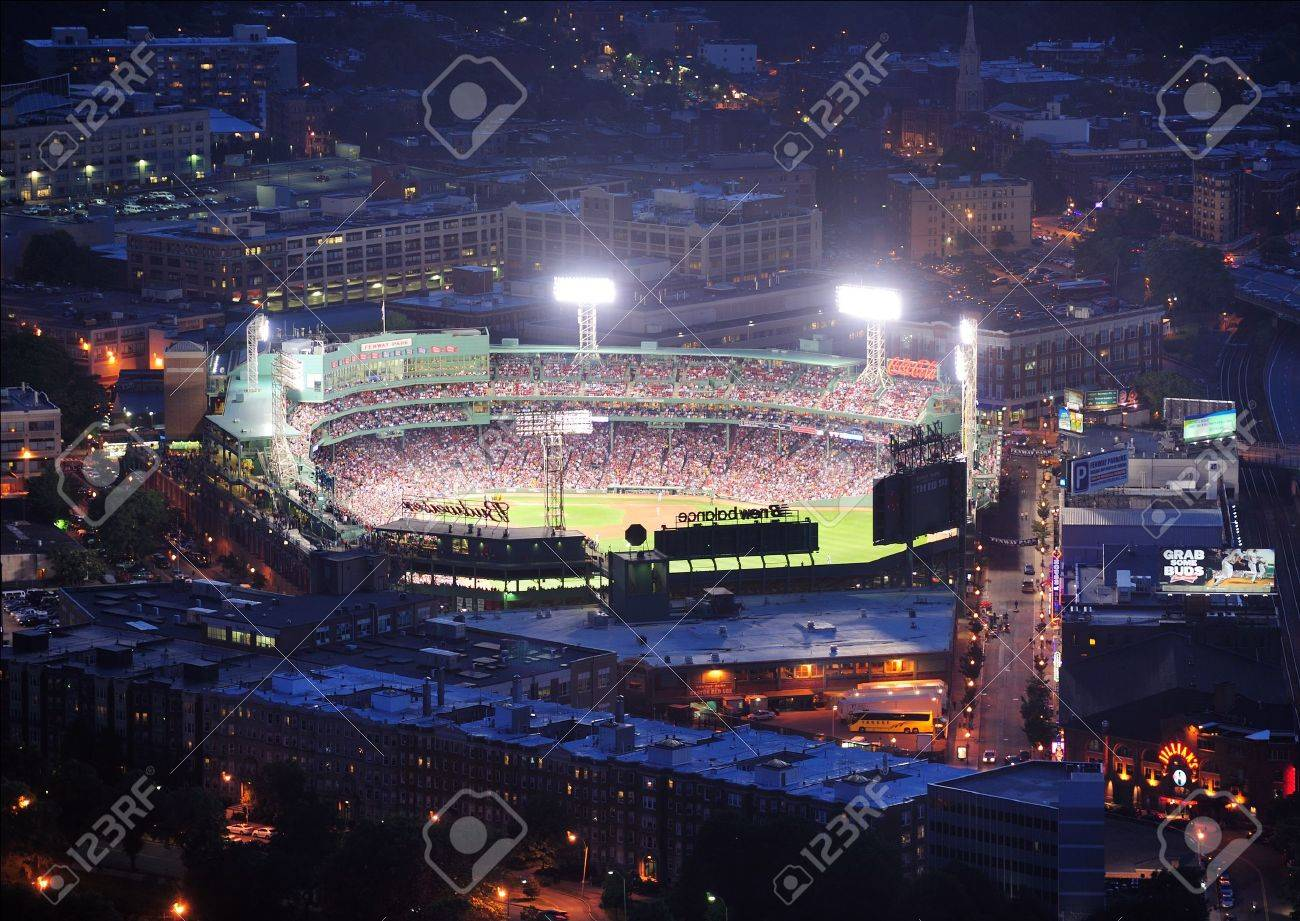 BOSTON, MA - JUN 20: Fenway Park at night on June 20, 2011 in Boston, Massachusetts. Fenway Park has served as the home ballpark of the Boston Red Sox baseball club since 1912, and is the oldest Baseball stadium. Stock Photo - 10404960
