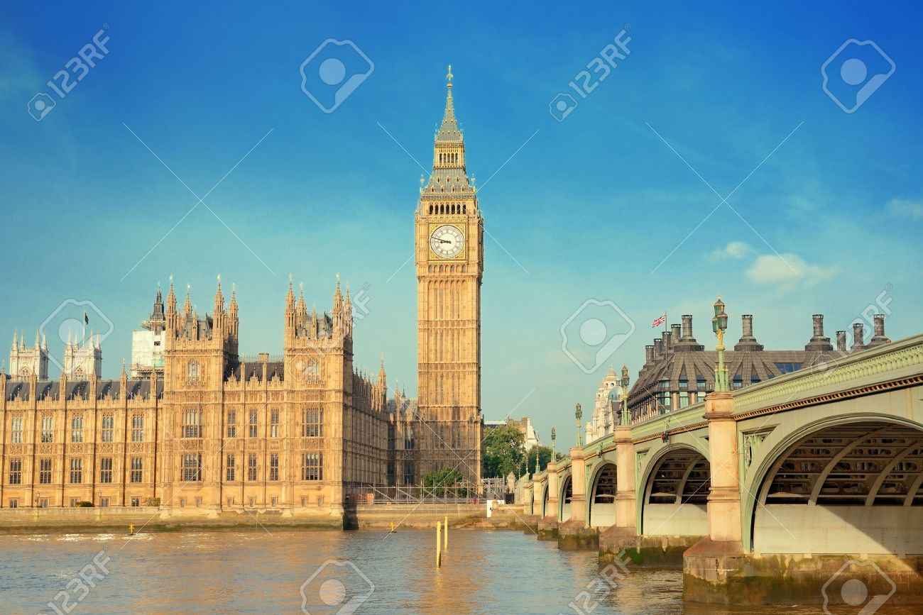 Big Ben and House of Parliament in London panorama over Thames River. - 43193674