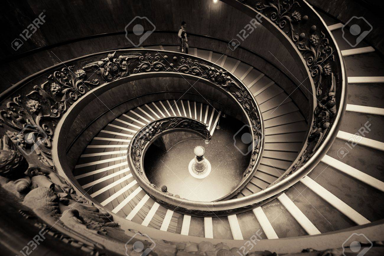 Escalier En Colimacon Au Musee Du Vatican