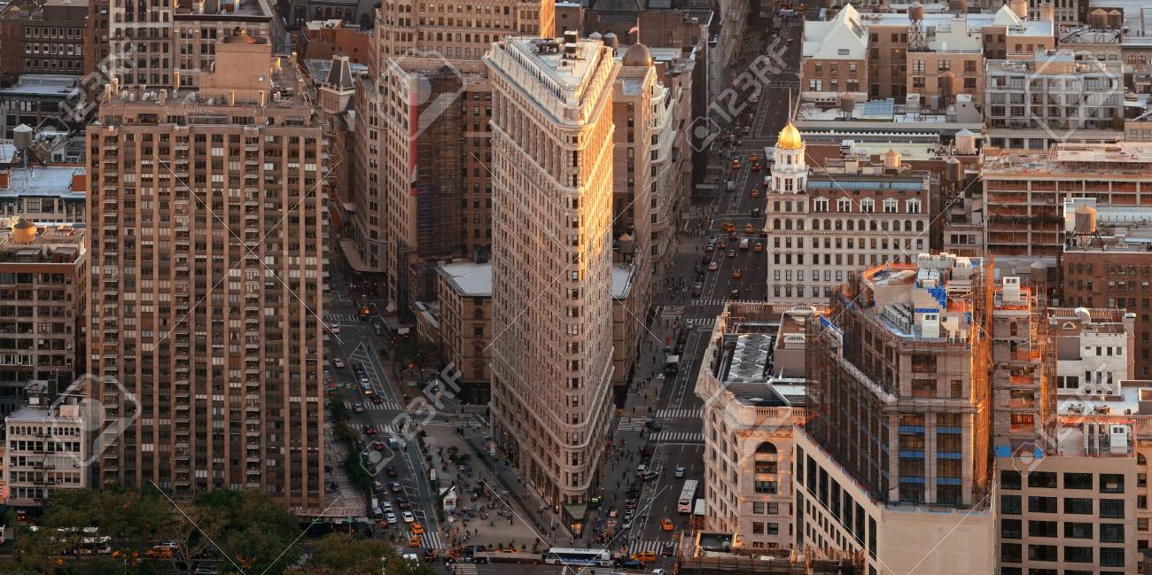 New York City - SEP 11: Flatiron Building panorama closeup on September 11, 2015 in New York City. It is one of the most iconic skyscrapers and the symbol of New York City. - 90289354