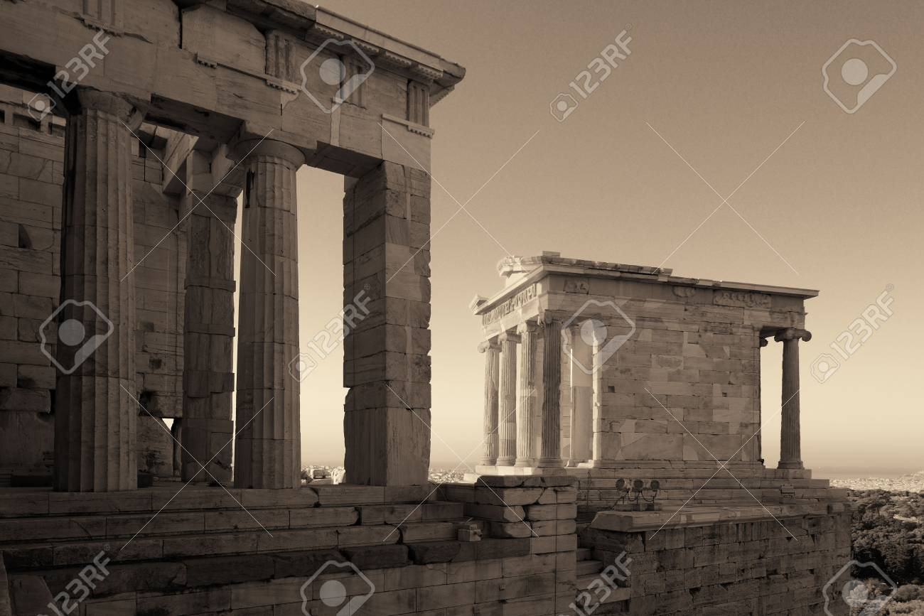 Temple Of Athena Nike In Acropolis In Athens Greece Lizenzfreie
