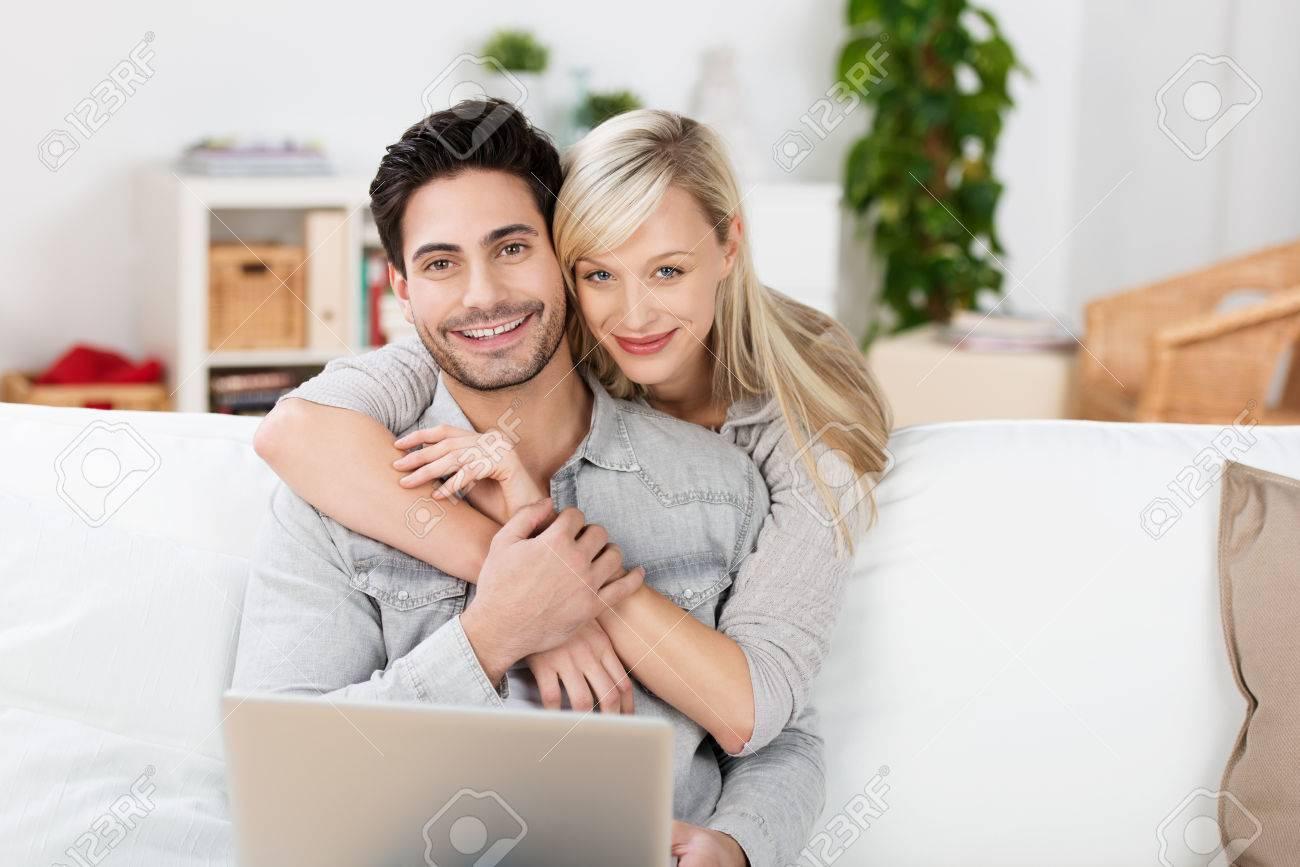 Я друг и жена онлайн, Муж, жена и друг семьи порно смотреть онлайн порно 18 фотография