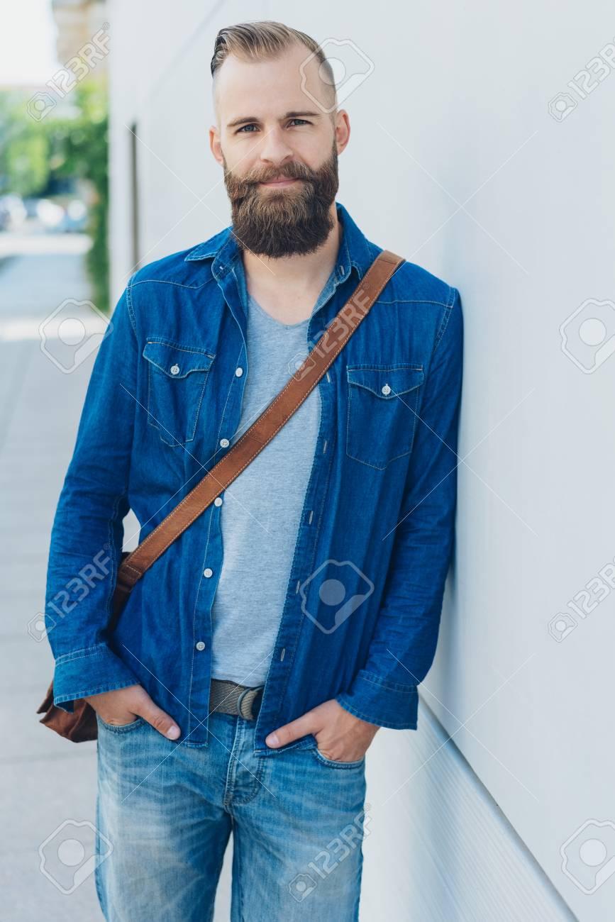 21e67fe1 What Can I Wear With A Denim Shirt Male - DREAMWORKS