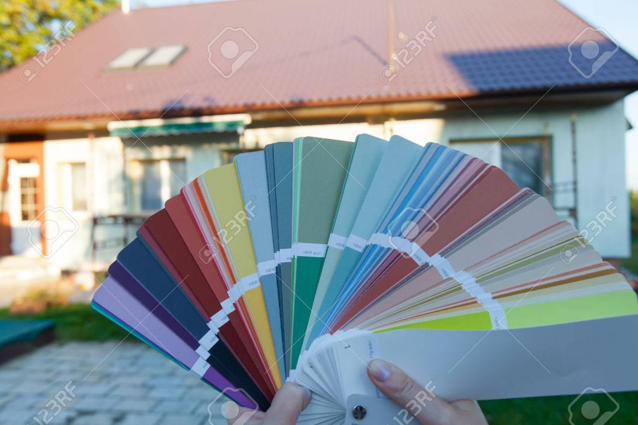 gros plan d'un échantillon de couleur. le choix des couleurs pour