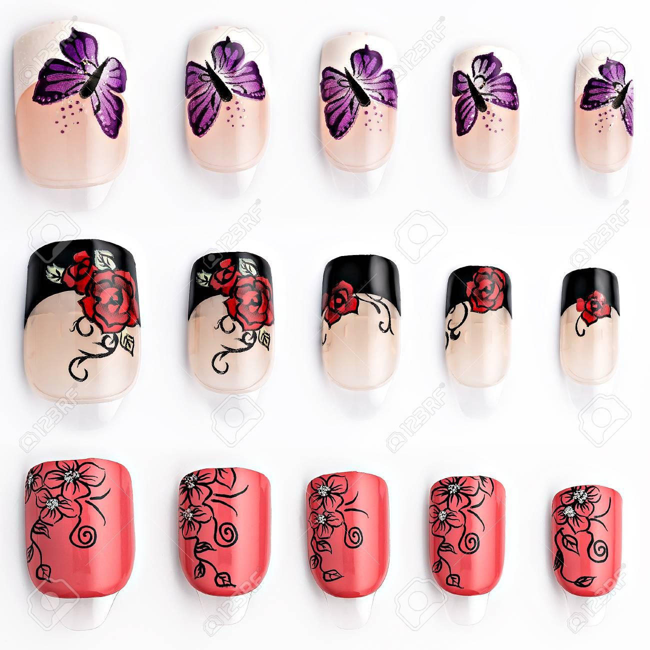 Banque d\u0027images , Ensemble de faux ongles multicolores, isolé sur fond blanc