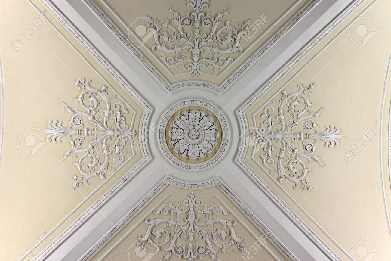 Ceiling of the Augustus Room in winter palace, Saint Petersburg Stock Photo - 11366085