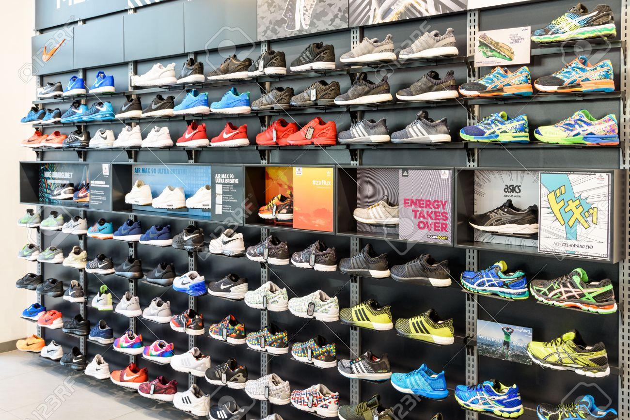 08 La De VienaAustria Exhibición Del Venta Running Agosto2015Nike Shoes En Zapato Tienda n0wOPkX8