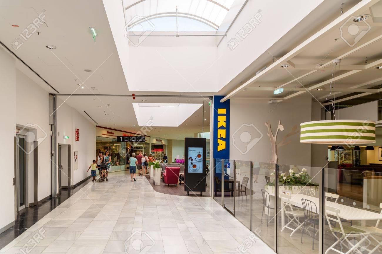 Wien österreich 10 August 2015 Ikea Store Ist Eine Schwedische