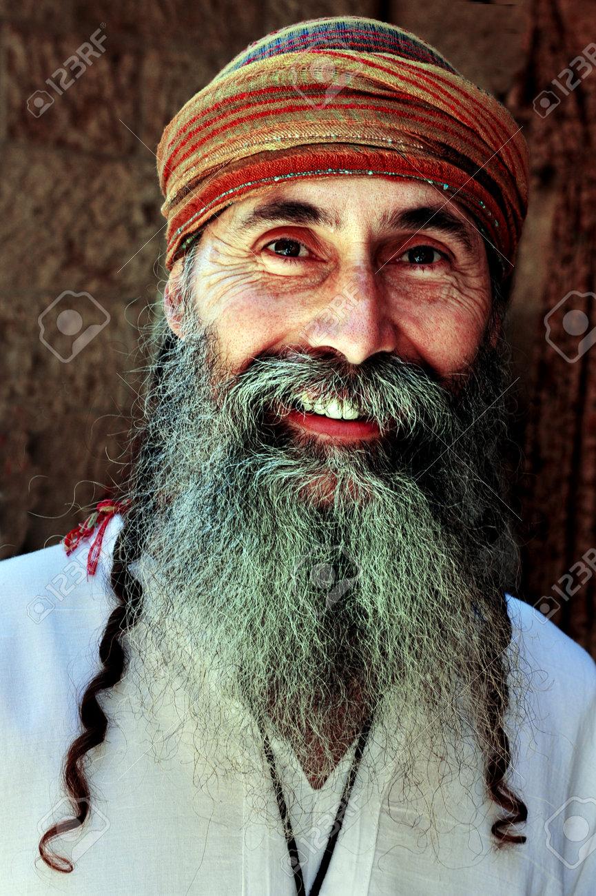 Jerusalem july 30 a jewish man wearing an ancient hebrew stock jerusalem july 30 a jewish man wearing an ancient hebrew clothing on july 30 publicscrutiny Images