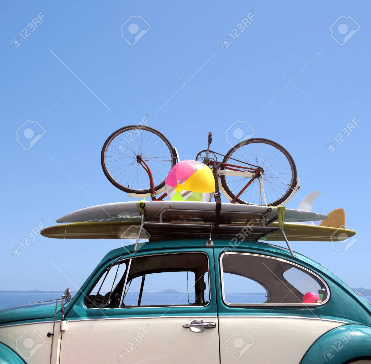 Summer holiday road trip vacation, Travel concept with copy space - 47253127
