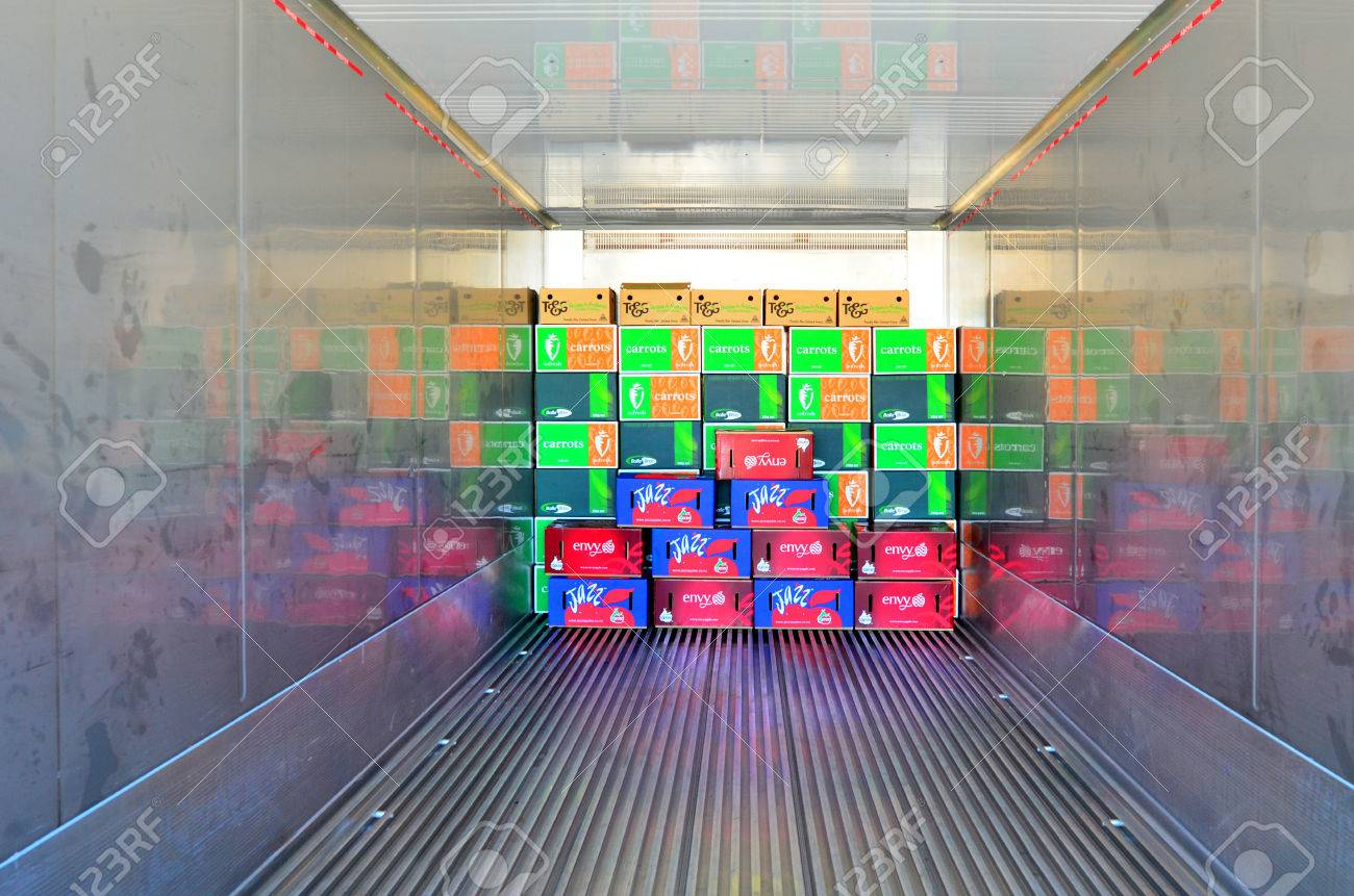AUCKLAND - JAN 30 2016:Boxes in a refrigerated container.It allowing world consumers to enjoy fresh produce at any time of year and consume unavailable fresh produce from other parts of the world. - 51989666
