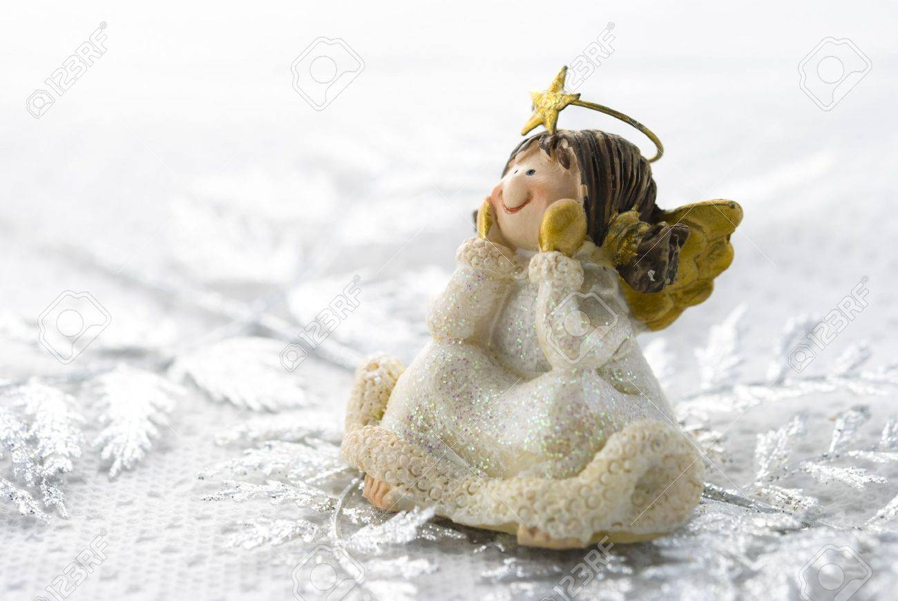 Christmas decoration little angel arranged on white background Stock Photo - 5924720