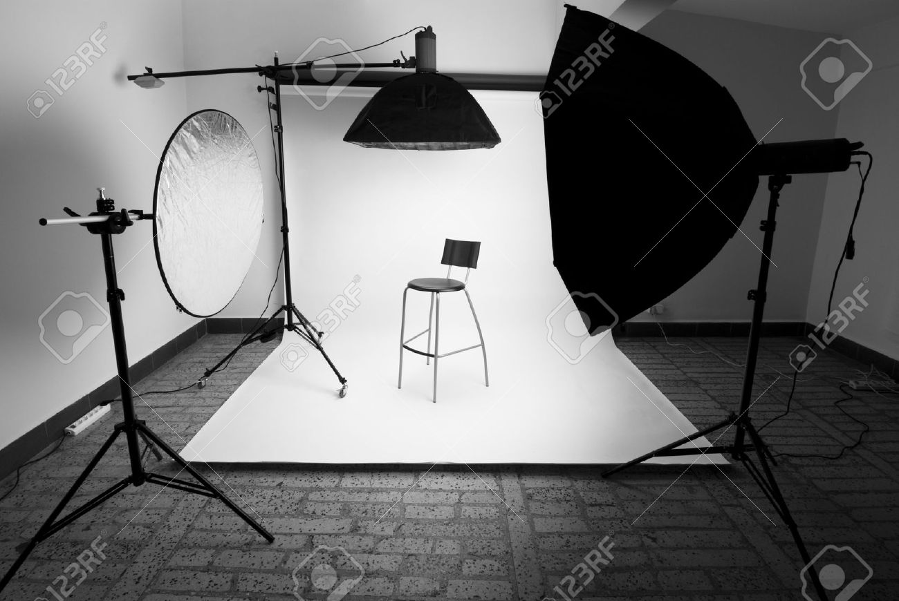 Photo studio setup with lighting equipment Stock Photo - 12462867 & Photo Studio Setup With Lighting Equipment Stock Photo Picture And ...