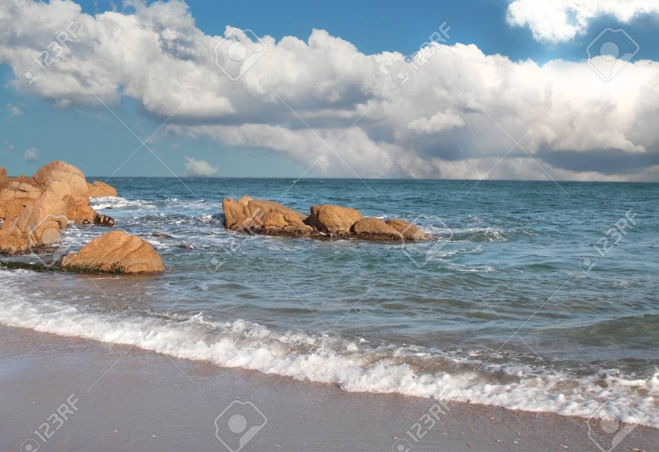 Beautiful seashore with calm cristal clear water Stock Photo - 8461334