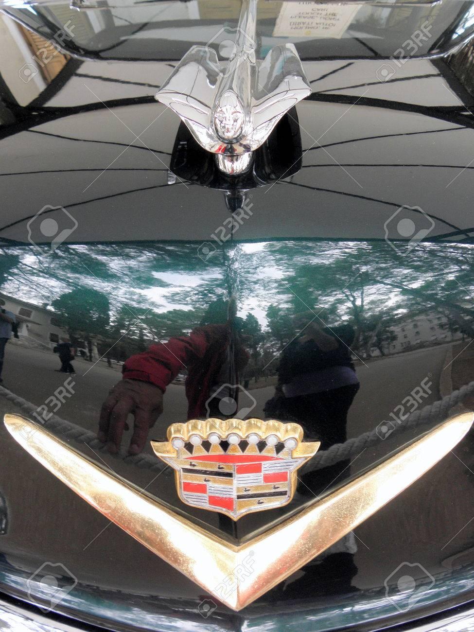 Cadillac Oldtimer, Die Auf Der Ganzen Welt Bekannten Jugoslawischen ...