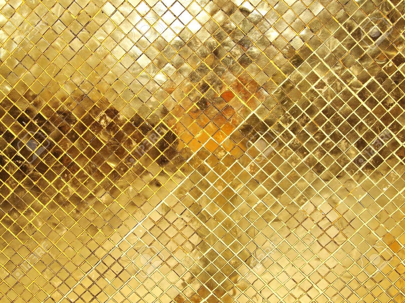 Gouden Mozaiek Tegels : Gouden tegel van het mozaïek textuur royalty vrije foto plaatjes