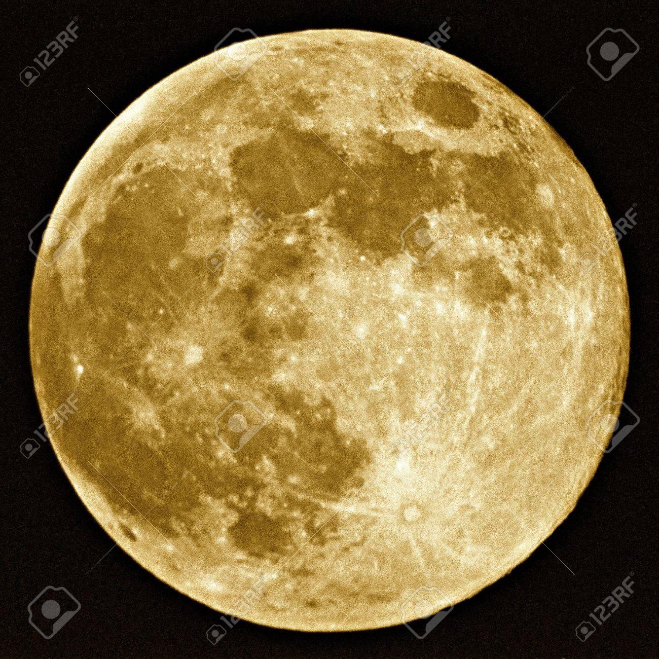 Full Moon Harvest Stock Photo - 2761592