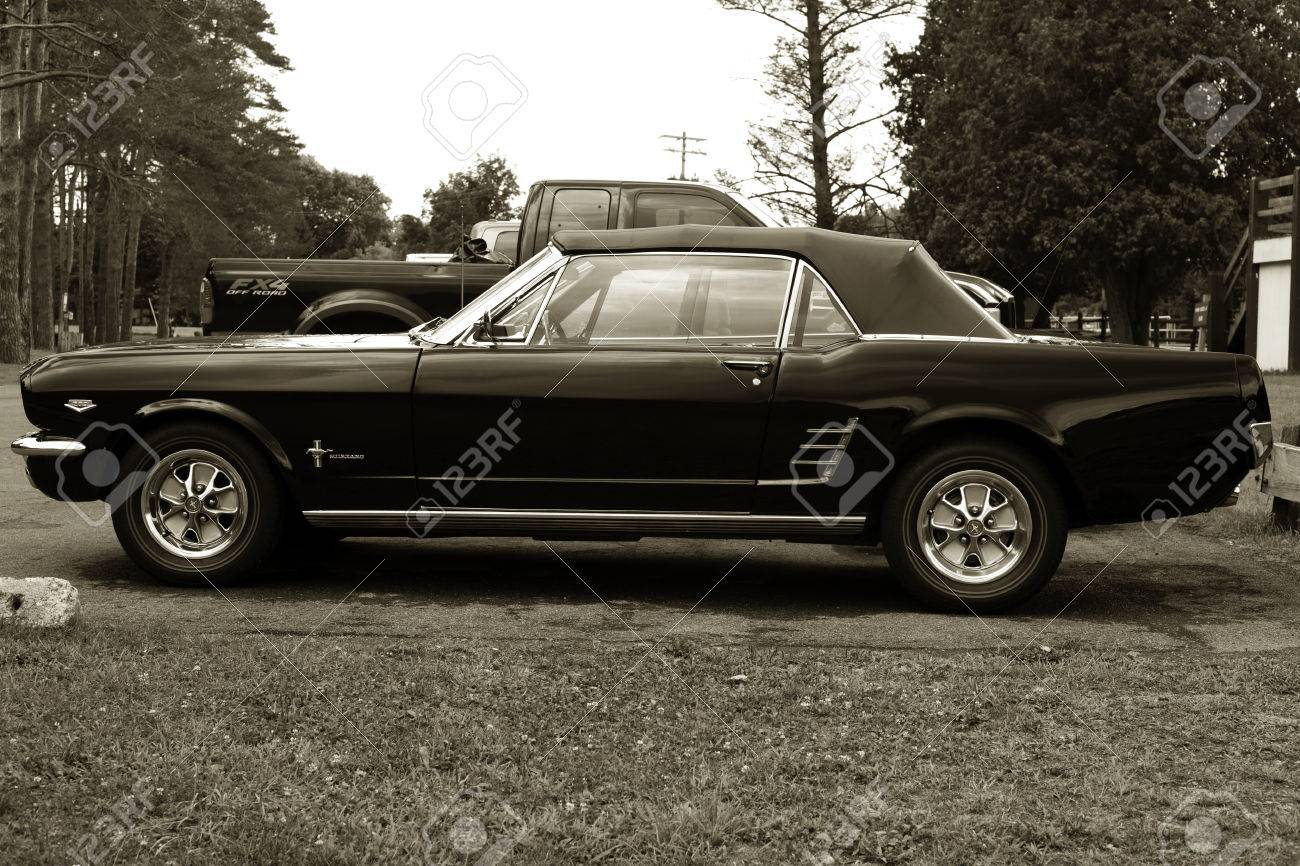 Old Sport Car 195 Stock Photo, Picture And Royalty Free Image ...