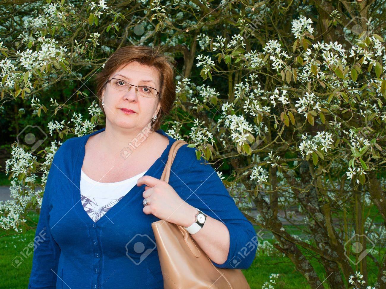 Фото женщины средних лет 5 фотография
