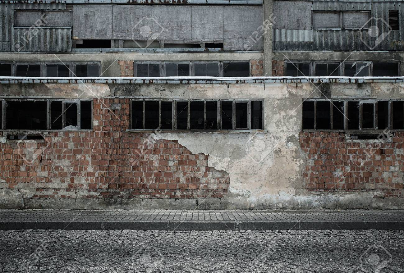 Grunge empty industrial background Standard-Bild - 36438386
