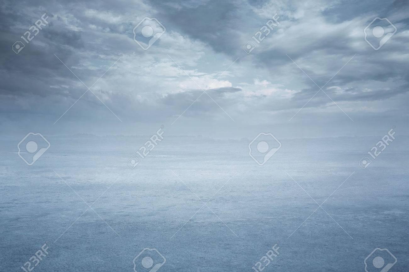 Empty frozen lake background with copy space Standard-Bild - 36434340