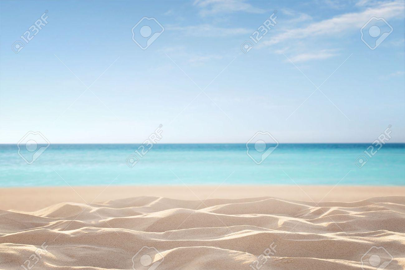 Leer, defokussiert tropischen Strand Hintergrund mit Kopie Raum Standard-Bild - 63299883