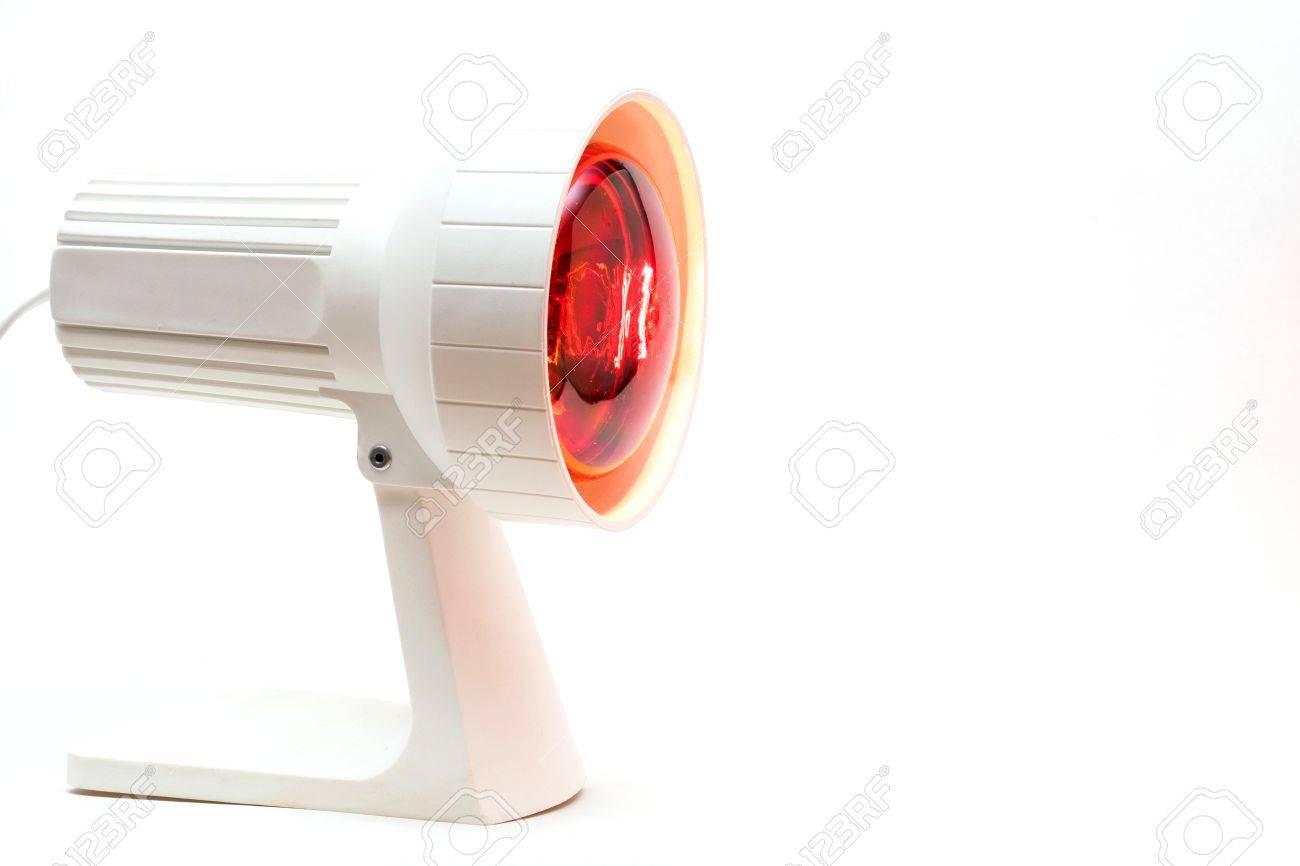 Rood Licht Lamp : Close up foto van een geneesmiddel rood licht lamp geïsoleerde