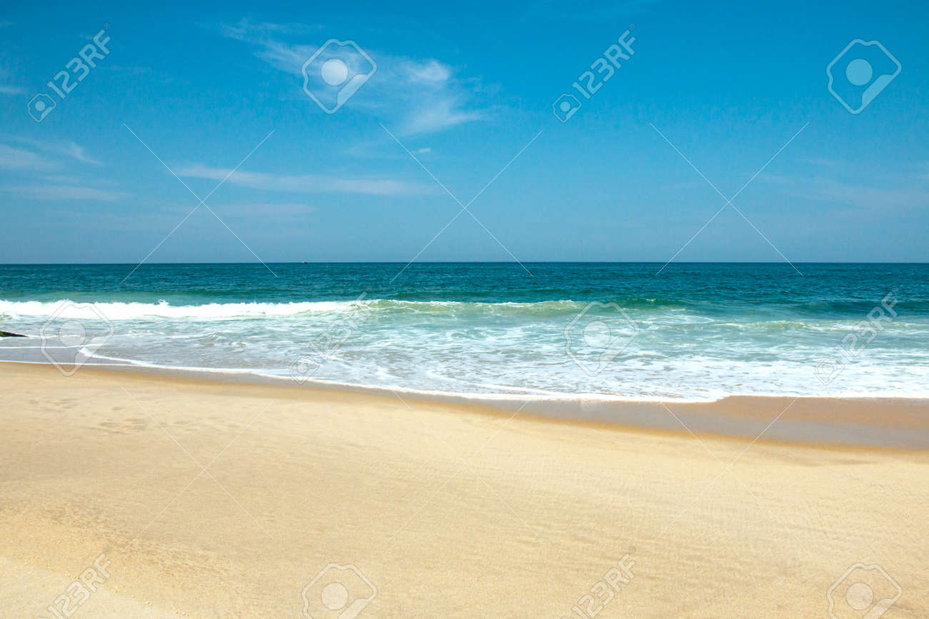 Sea sand sky concept. Wonderful scenery of the tropical beach. Summer vacation. - 171104745