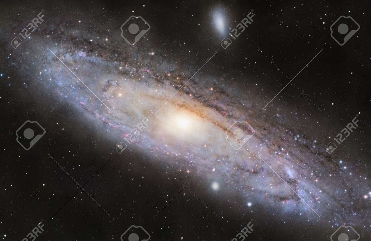 A picture of M31, the spiral galaxy in the constellation Andromeda - 133377750