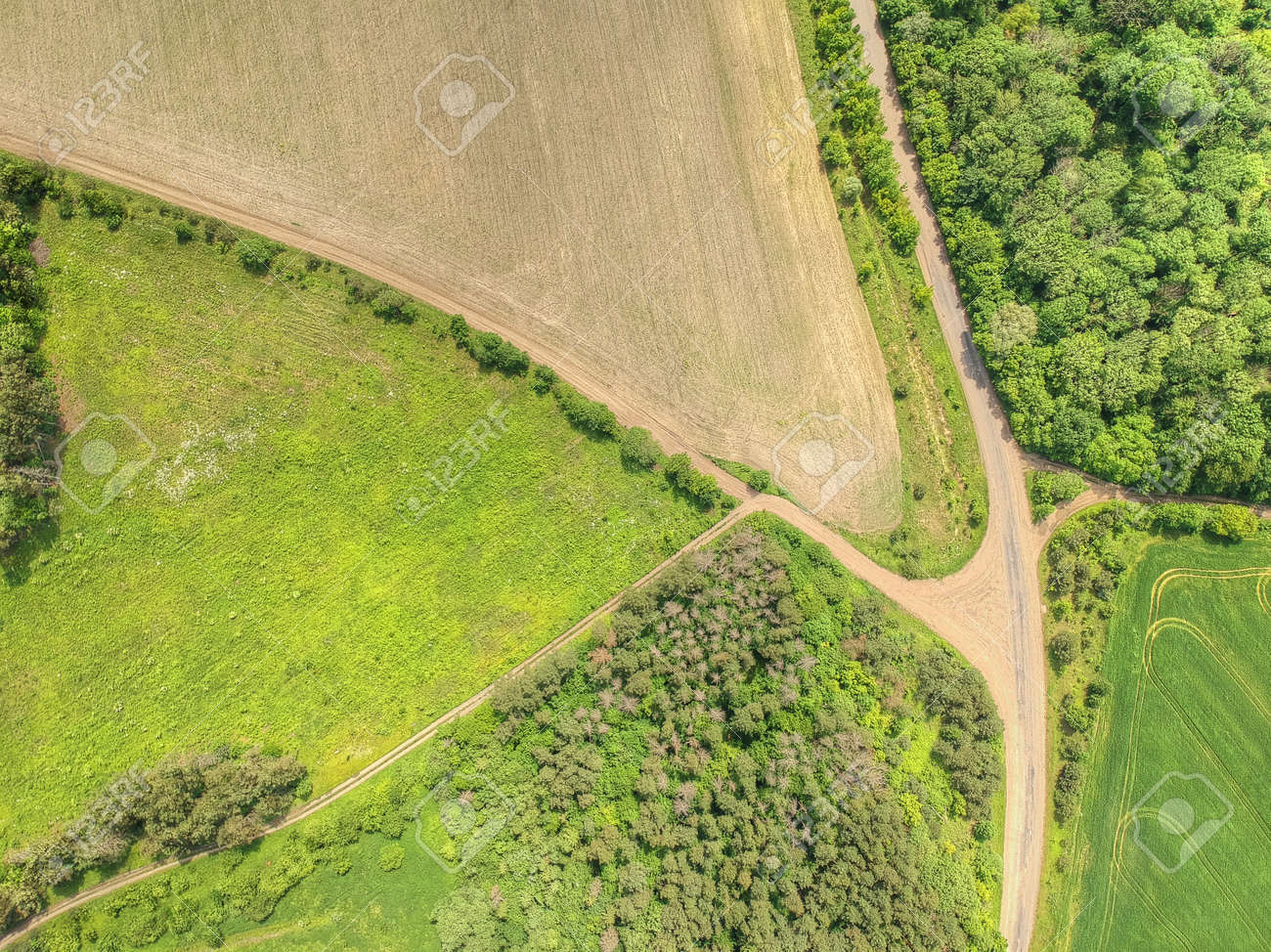 Aerial picture of the countryside scenery - 133378307
