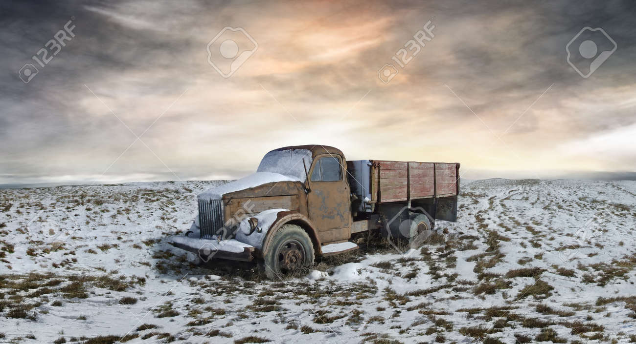 A picture of the abandoned Soviet truck in the midst of snowy plain - 153380727