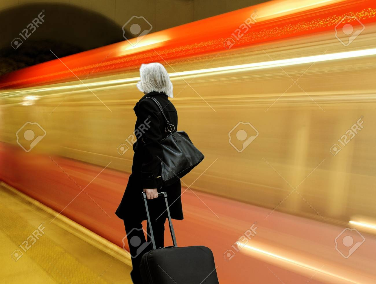 Woman with bags in metro - 15076099