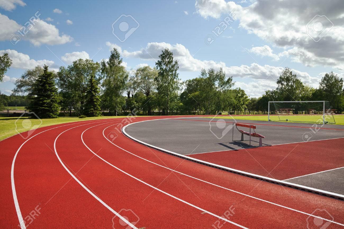 Running tracks on the athletics stadium. - 43206120