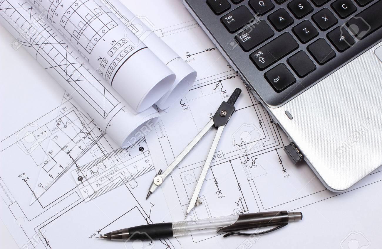 Rolls Der Schaltpläne, Konstruktionszeichnungen Des Hauses, Zubehör ...