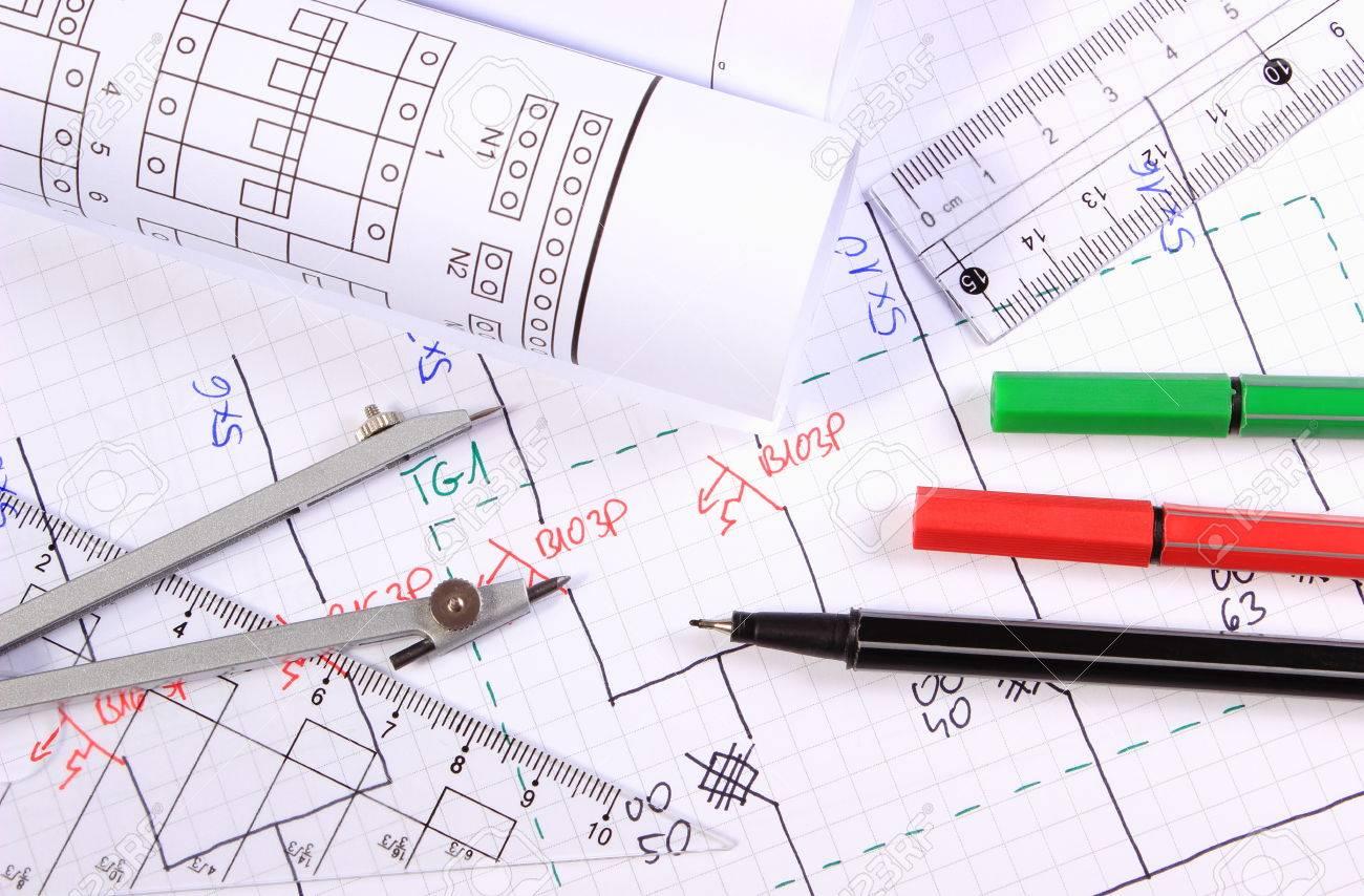 Schemi Elettrici Free : Rotoli di schemi elettrici ed accessori per il disegno sdraiato su