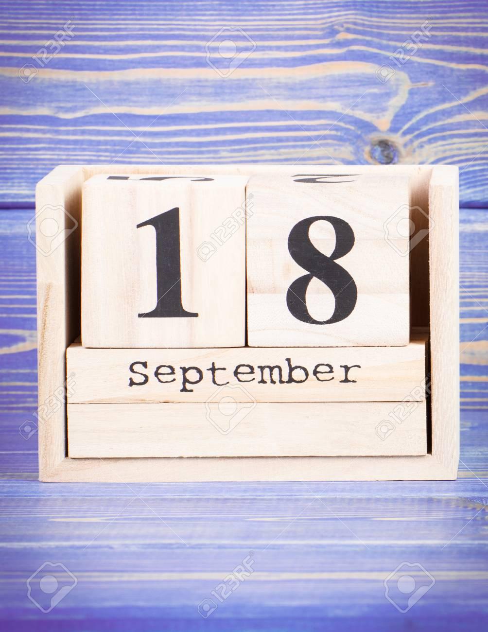 September 18th Date Of 18 September On Wooden Cube Calendar Stock